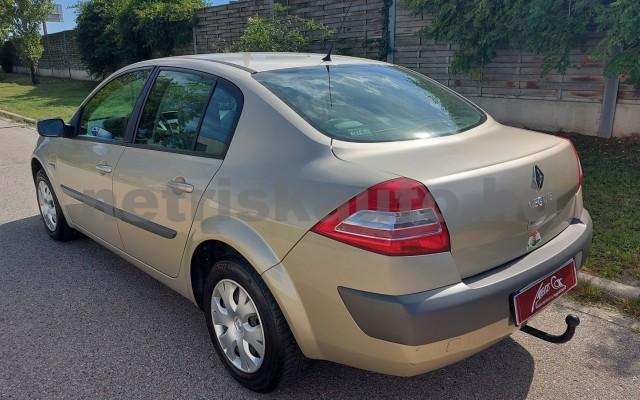 RENAULT Mégane 1.6 Expression személygépkocsi - 1598cm3 Benzin 52522 7/29