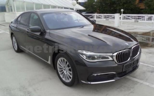 BMW 750 személygépkocsi - 4395cm3 Benzin 43001 2/7