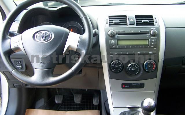 TOYOTA Corolla 1.4 Luna személygépkocsi - 1398cm3 Benzin 27466 8/12