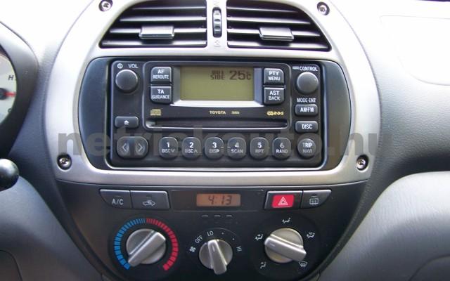 TOYOTA Rav4 2.0 D-4D 4x4 személygépkocsi - 1995cm3 Diesel 104519 9/11