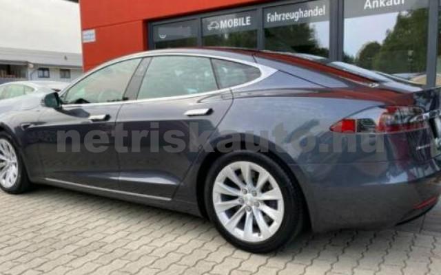 Model S személygépkocsi - cm3 Kizárólag elektromos 106216 3/12