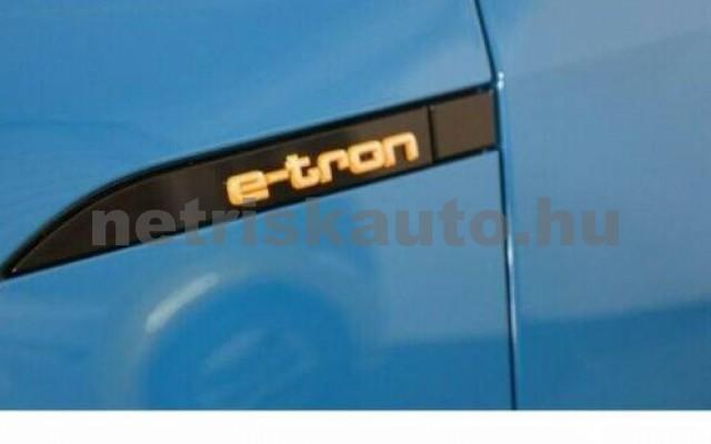 AUDI e-tron személygépkocsi - cm3 Kizárólag elektromos 104966 4/10
