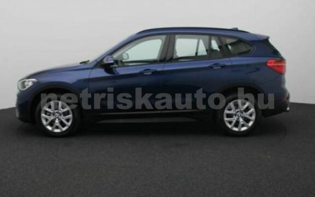X1 személygépkocsi - 1499cm3 Benzin 105209 3/12