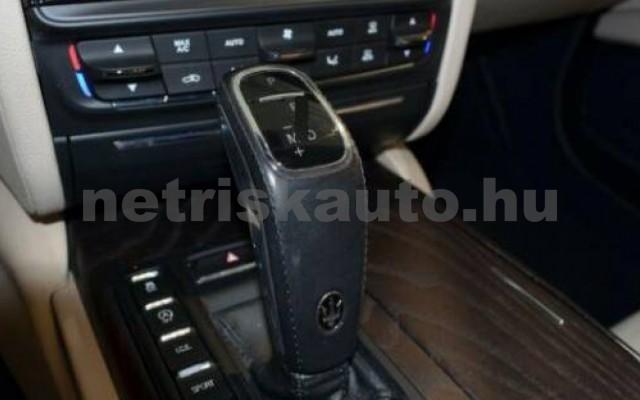 Quattroporte személygépkocsi - 2987cm3 Diesel 105709 6/12