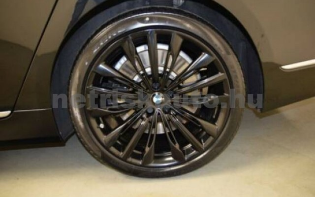 BMW 750 személygépkocsi - 4395cm3 Benzin 43000 4/7