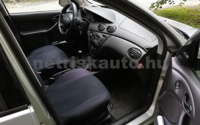 FORD Focus 1.4 Ambiente személygépkocsi - 1388cm3 Benzin 16579 7/9