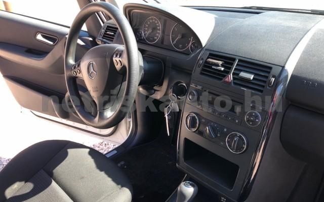 MERCEDES-BENZ A-osztály A 160 Classic EURO5 Autotronic személygépkocsi - 1498cm3 Benzin 89219 11/12