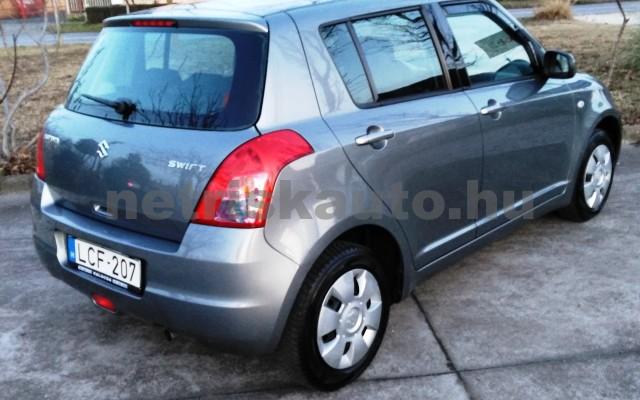 SUZUKI Swift 1.3 GLX CD AC személygépkocsi - 1328cm3 Benzin 27702 4/11