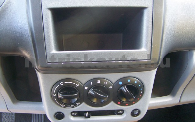 SUZUKI Ignis 1.3 GC személygépkocsi - 1328cm3 Benzin 44769 10/11