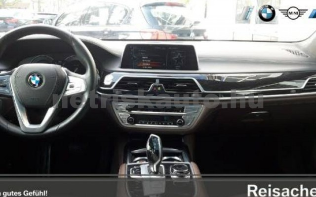 BMW 750 személygépkocsi - 4395cm3 Benzin 43004 6/7
