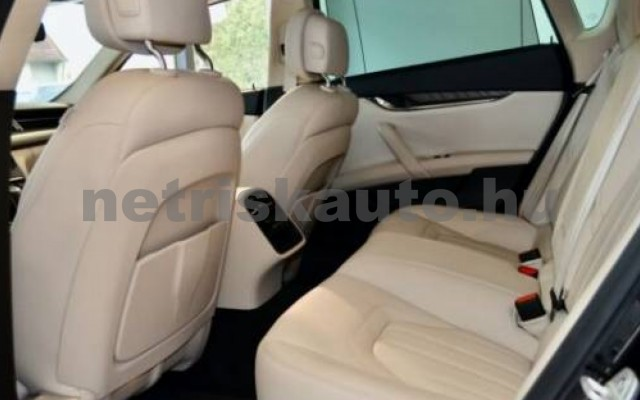 Quattroporte személygépkocsi - 2987cm3 Diesel 105709 11/12