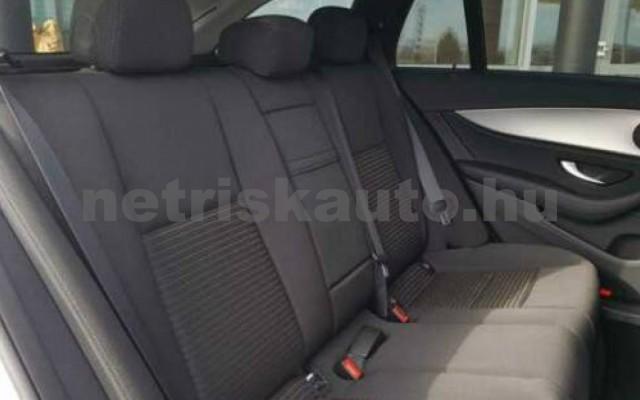 E 300 személygépkocsi - 1950cm3 Hybrid 105846 5/12