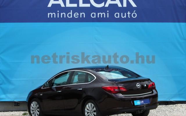 OPEL Astra 1.6 Active Aut. személygépkocsi - 1598cm3 Benzin 18630 5/12