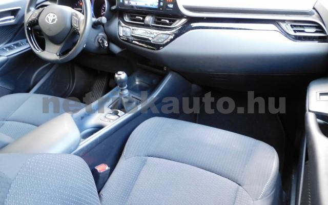 TOYOTA C-HR 1.2T Active (ülésfűtéssel) személygépkocsi - 1197cm3 Benzin 104536 8/12