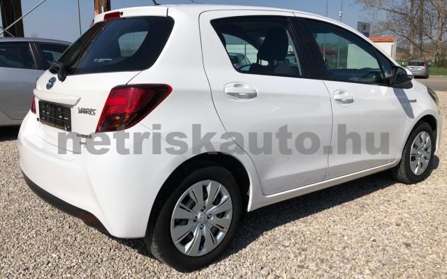 TOYOTA Yaris 1.5 HSD Active e-CVT személygépkocsi - 1497cm3 Hybrid 81435 5/12