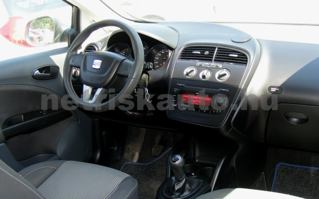 SEAT Altea 1.4 16V Reference személygépkocsi - 1390cm3 Benzin 44647 5/12
