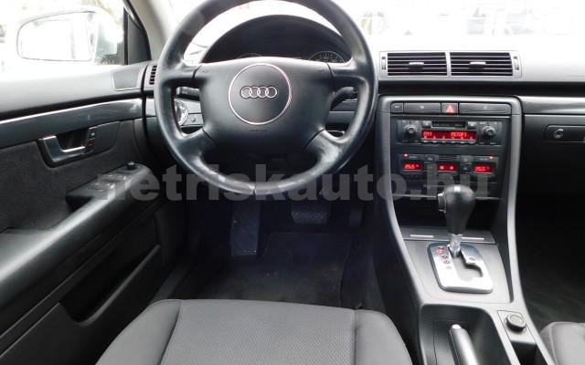 AUDI A4 2.0 Multitronic személygépkocsi - 1984cm3 Benzin 27672 6/12