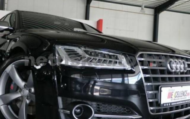 AUDI S8 személygépkocsi - 3993cm3 Benzin 55244 2/7