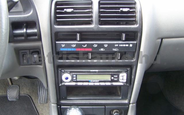 SUZUKI Swift 1.3 GC Sedan személygépkocsi - 1298cm3 Benzin 50001 9/10