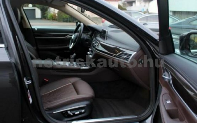 BMW 750 személygépkocsi - 4395cm3 Benzin 43011 7/7