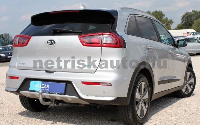 KIA Niro 1.6 GDI EX DCT személygépkocsi - 1580cm3 Hybrid 18832 8/12