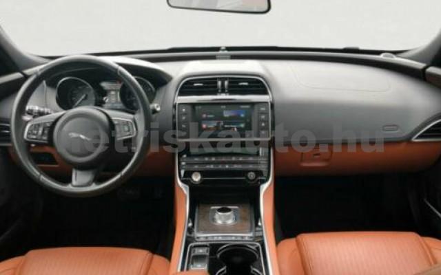 JAGUAR XE személygépkocsi - 1999cm3 Diesel 55983 5/7