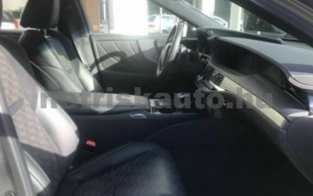 LEXUS LS 500 személygépkocsi - 3444cm3 Benzin 105642 9/9