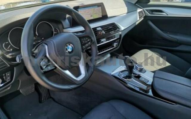 520 személygépkocsi - 1995cm3 Diesel 105131 6/9