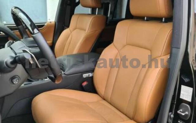 LX 570 személygépkocsi - 5663cm3 Benzin 105666 7/12