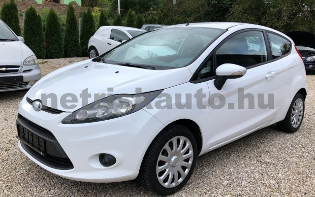 FORD Fiesta 1.25 Ambiente személygépkocsi - 1242cm3 Benzin 64554 2/12