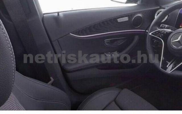 E 400 személygépkocsi - 2925cm3 Diesel 105881 8/9