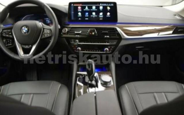 520 személygépkocsi - 1995cm3 Diesel 105130 6/12