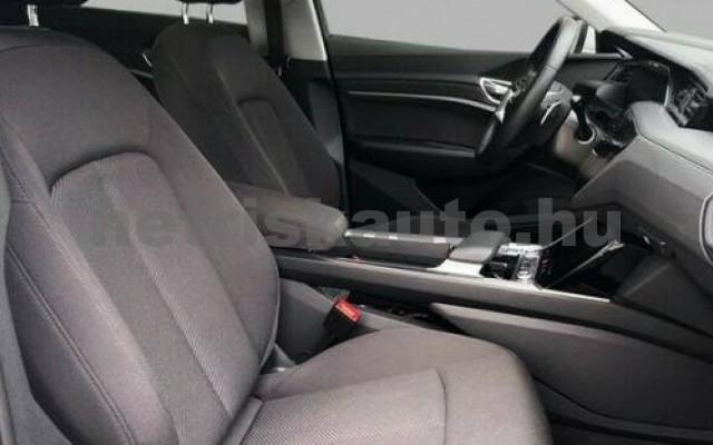AUDI e-tron személygépkocsi - cm3 Kizárólag elektromos 104962 5/10