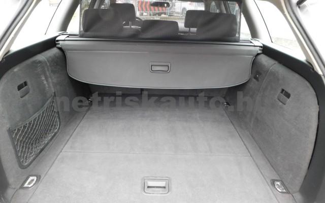 AUDI A4 2.0 Multitronic személygépkocsi - 1984cm3 Benzin 27672 10/12