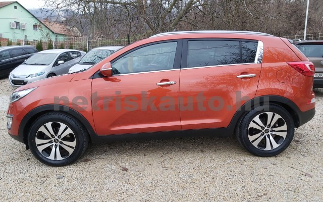 KIA Sportage 2.0 CRDi EX 4x4 Aut. személygépkocsi - 1995cm3 Diesel 22478 4/12