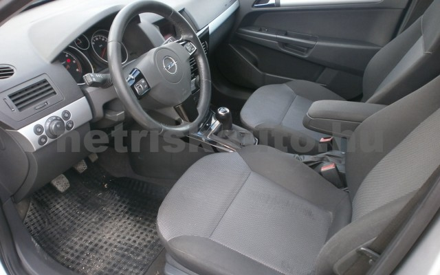 OPEL Astra 1.7 CDTI Business tehergépkocsi 3,5t össztömegig - 1686cm3 Diesel 109039 6/10