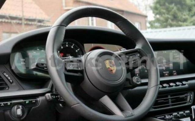 911 személygépkocsi - 2981cm3 Benzin 106243 12/12