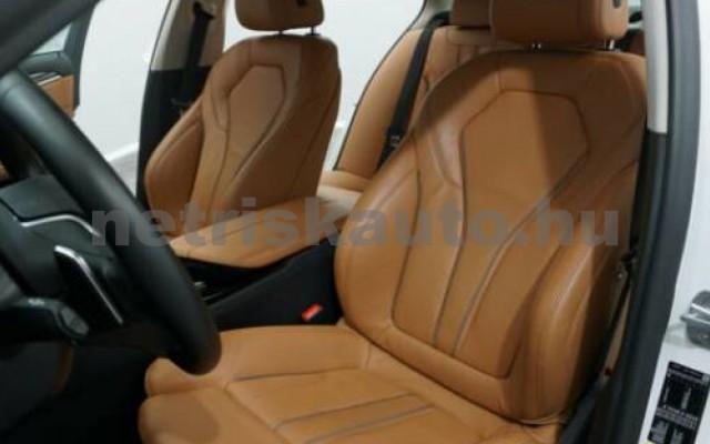 BMW 530 személygépkocsi - 1998cm3 Hybrid 109885 9/12