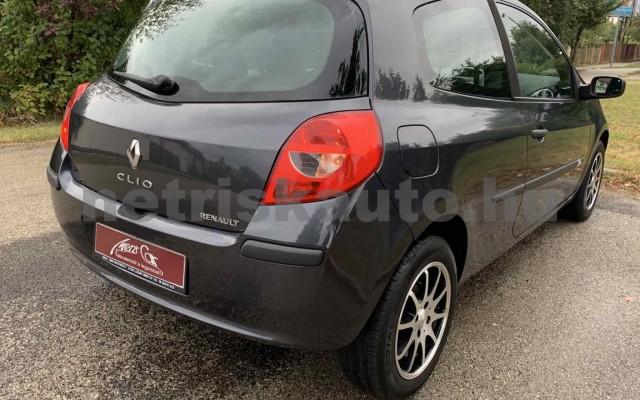 RENAULT Clio 1.4 16V Dynamique személygépkocsi - 1390cm3 Benzin 106537 5/29