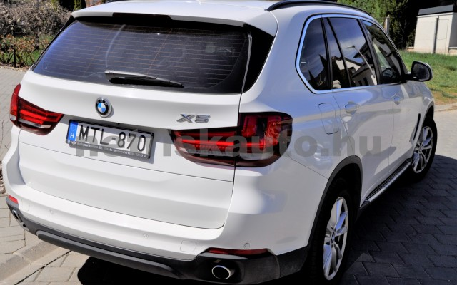 BMW X5 X5 xDrive30d Aut. személygépkocsi - 2993cm3 Diesel 44575 11/11