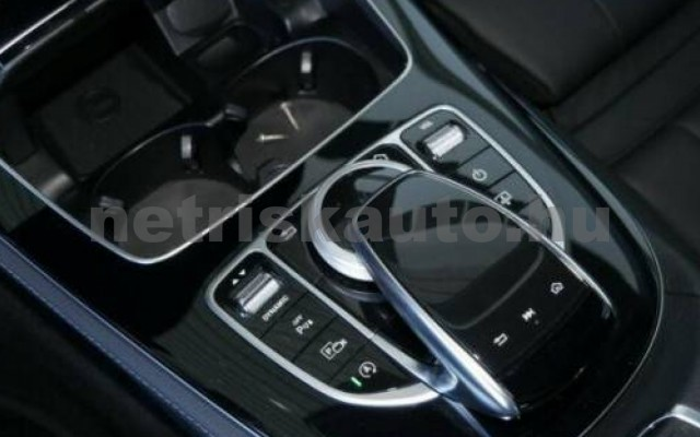 E 350 személygépkocsi - 2925cm3 Diesel 105855 8/9