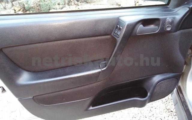 OPEL Astra 1.4 16V Club személygépkocsi - 1388cm3 Benzin 27701 9/12