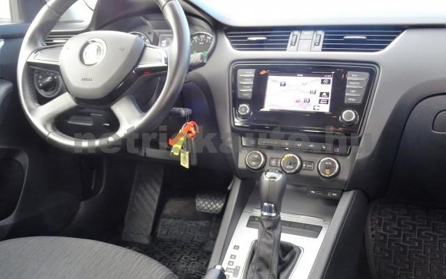 SKODA Octavia 1.6 CR TDI Elegance DSG személygépkocsi - 1598cm3 Diesel 18625 11/12