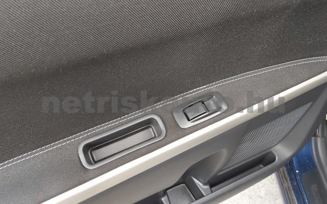 TOYOTA Corolla Verso/Verso 2.2 D-CAT Linea Sol személygépkocsi - 2231cm3 Diesel 44795 11/12