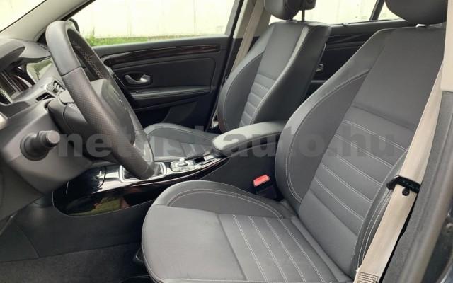 RENAULT LAGUNA BERLINE személygépkocsi - 1497cm3 Diesel 104545 12/36