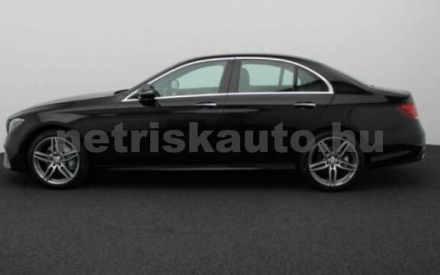 E 250 személygépkocsi - 1991cm3 Benzin 105834 3/8