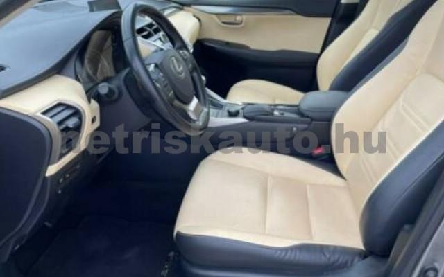 NX 300 személygépkocsi - 2494cm3 Hybrid 105677 11/12