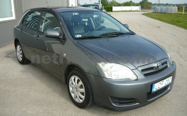 TOYOTA Corolla 1.4 D-4D Sol M-MT személygépkocsi - 1364cm3 Diesel 16432 2/6