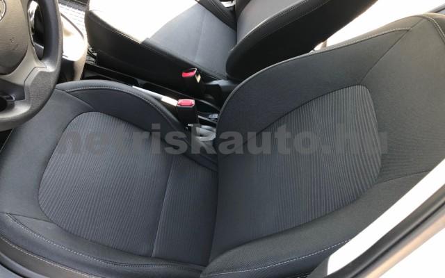 HYUNDAI i10 1.0i Life S&S EURO6 személygépkocsi - 998cm3 Benzin 81421 11/12
