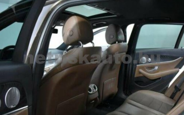 E 350 személygépkocsi - 2987cm3 Diesel 105868 8/10